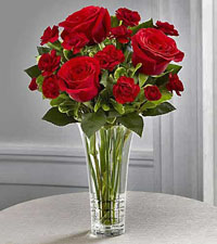 FTD's Sweethearts Bouquet