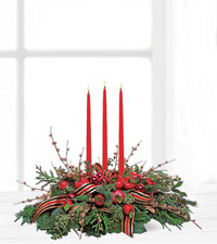 Teleflora's Three Candle Centrepiece