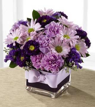 FTD's Thoughtful Expressions Bouquet