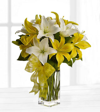 Fresh & Bright Lily Bouquet
