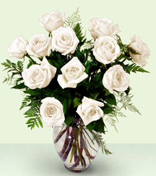 FTD's Enchanting White Rose Bouquet