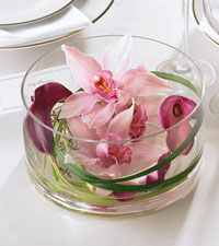 Floating Beauty Centrepiece